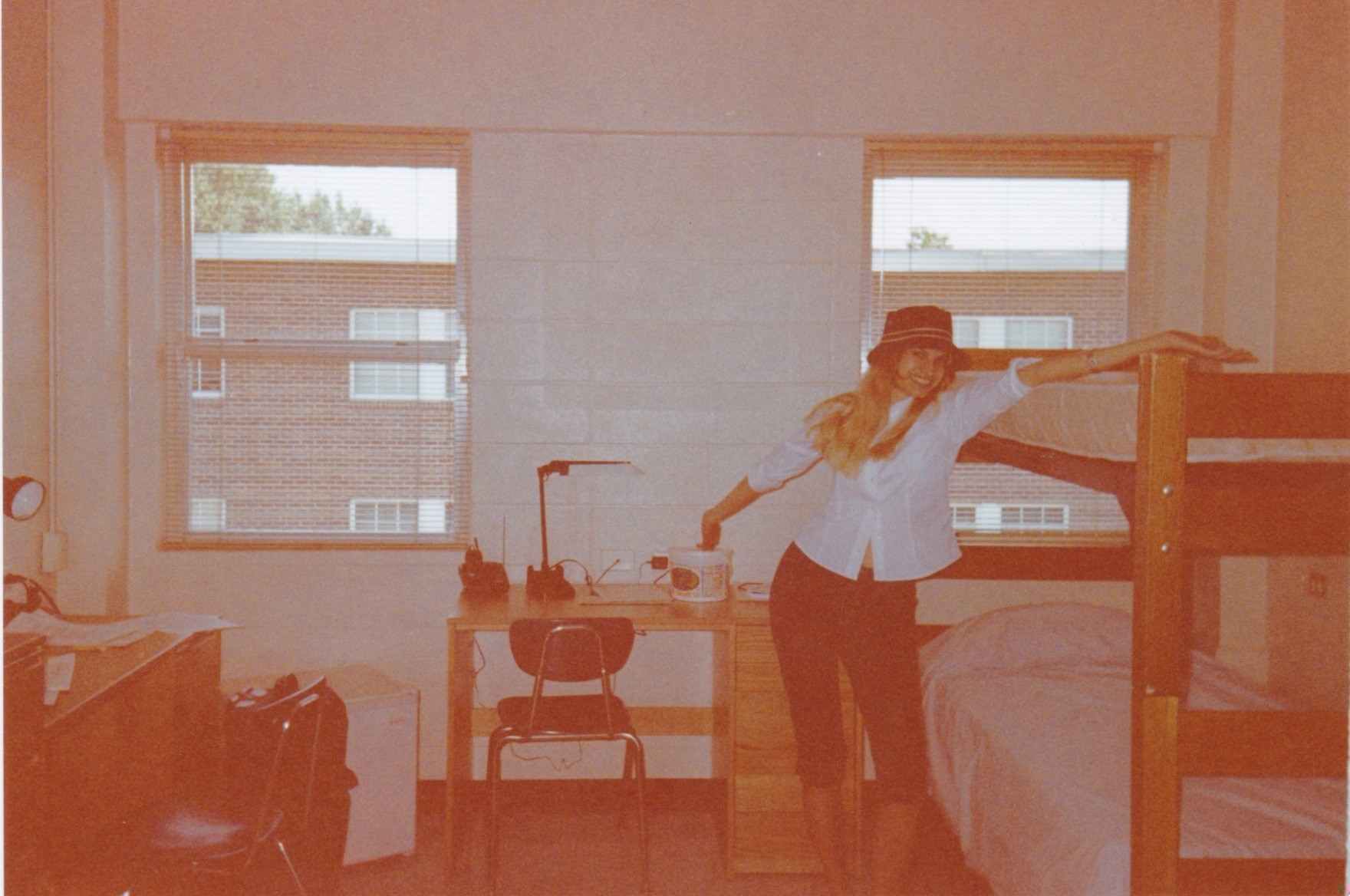 August 1999 - Moving into my dorm room. I hadn't received any obvious death threats yet.
